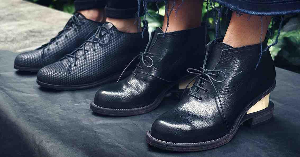 Petrosolaum shoes
