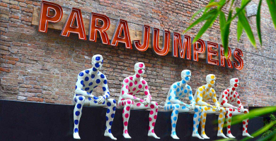 Parajumpers Pop: the installation of ABC Mannequins and Parajumpers in Treviso